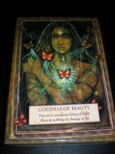 goddess of beauty, oracle cards