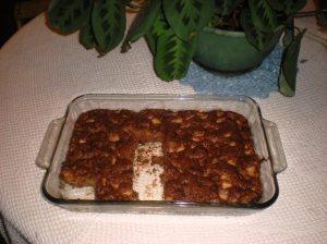 crochet tablecloths, apple cake, plants centerpieces