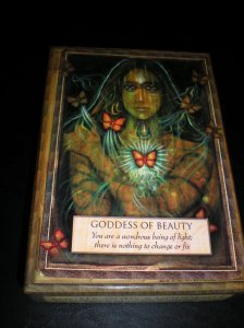 goddess messages, oracle cards, beauty