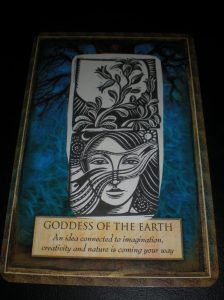 goddess of earth, urtha, oracle cards