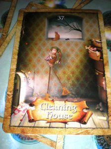 oracle cards, cleaning house, declutter messages
